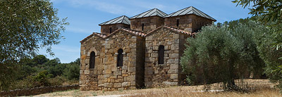 Sitios in Extremadura, La Basílica de Santa Lucía del Trampal