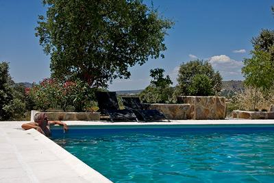alojamiento, piscina